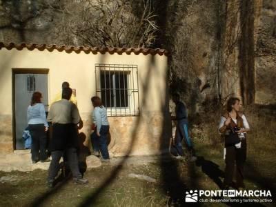 Caseta de Félix Rodriguez de la Fuente; senderismo en madrid grupos; senderismo entre semana madrid